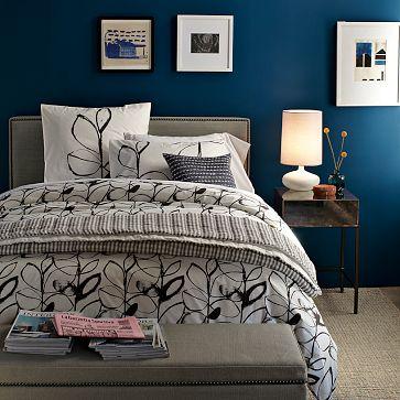 kind of blue bedrooms. Black Bedroom Furniture Sets. Home Design Ideas
